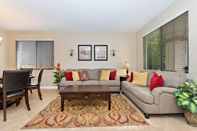 7695 Massachusetts Place, Rancho Cucamonga CA: http://media.crmls.org/medias/f0fafd37-3f48-4501-959f-2353d2cdf35f.jpg