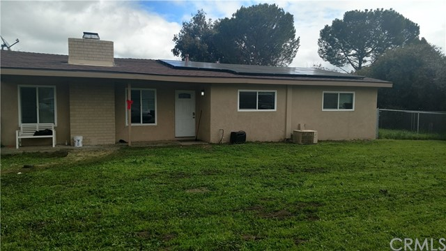 Single Family Home for Sale at 610 Hunter Street Ramona, California 92065 United States