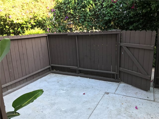 407 N Park Vista St, Anaheim, CA 92806 Photo 8