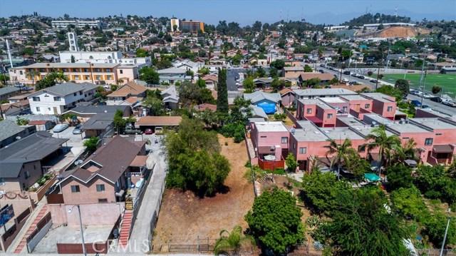 4033 E Cesar E Chavez Avenue, East Los Angeles CA: http://media.crmls.org/medias/f130f7db-fd59-45b1-9b3d-d50f5e8c5ffc.jpg