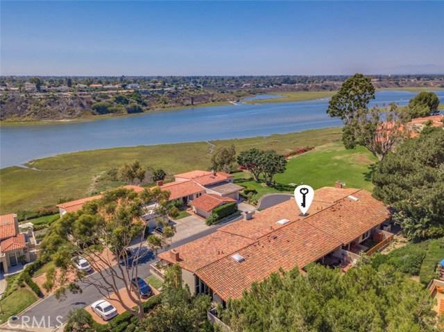 2024 Avenida Chico, Newport Beach CA: http://media.crmls.org/medias/f13b30c9-2de1-4e6b-9d38-79598952f214.jpg