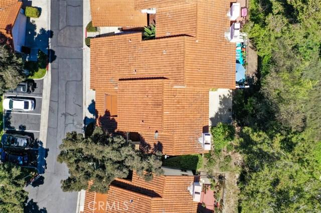 6574 Corte Cisco, Carlsbad CA: http://media.crmls.org/medias/f13e8f70-e583-410c-a7fe-8368063d067c.jpg