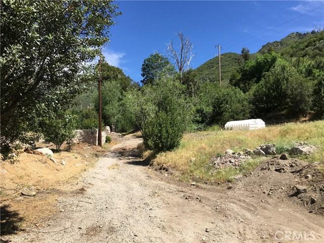 1761 E Forrest Lane, San Bernardino CA: http://media.crmls.org/medias/f140dd8d-764a-4db8-864b-1a1da557c02d.jpg