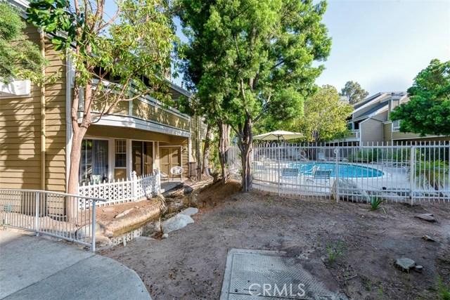 3750 128 S Bear Street, Santa Ana CA: http://media.crmls.org/medias/f1457a7f-2bec-4405-84a4-1698b9866198.jpg
