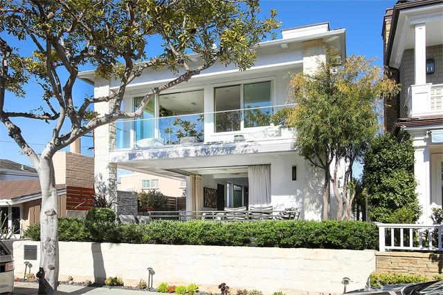 Photo of 113 Garnet Avenue, Newport Beach, CA 92662