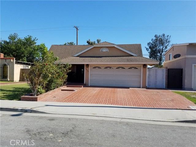 Casa Unifamiliar por un Venta en 1256 E Denwall Drive Carson, California 90746 Estados Unidos