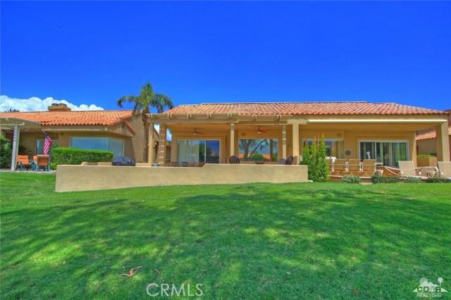 75 Augusta Drive, Rancho Mirage CA: http://media.crmls.org/medias/f15b3d56-db74-4479-8370-27e847360c5e.jpg