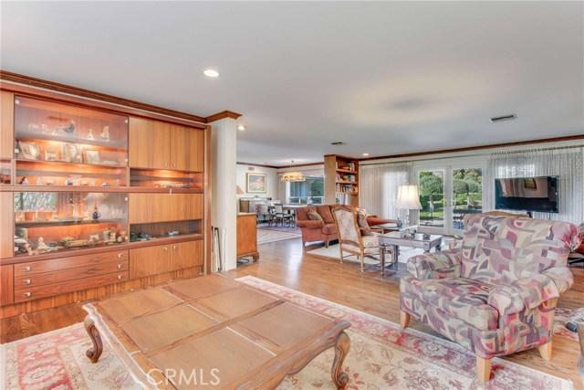房产卖价 : $185.00万/¥1,273万