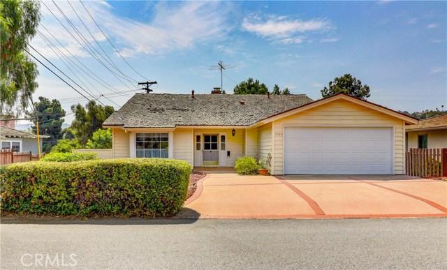 3924 Via Pavion, Palos Verdes Estates, California 90274, 3 Bedrooms Bedrooms, ,2 BathroomsBathrooms,Single family residence,For Sale,Via Pavion,PV20195204