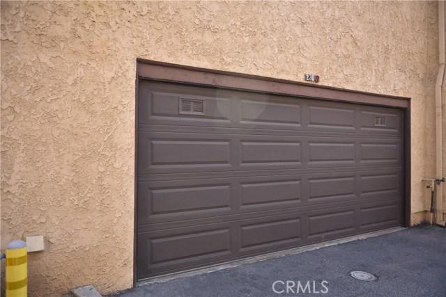230 N Sierra Vista Street, Monterey Park CA: http://media.crmls.org/medias/f1727fe0-43ee-444f-ae65-8000fb6f4409.jpg