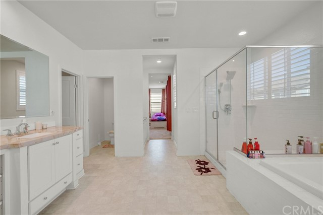 15840 Kingston Road, Chino Hills CA: http://media.crmls.org/medias/f17fb33f-6b23-4c21-8b05-e08e92b449bf.jpg