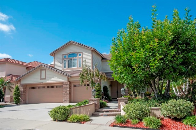 Single Family Home for Sale at 32832 Larkgrove St Rancho Santa Margarita, California 92679 United States