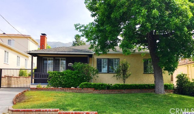 Single Family Home for Rent at 3321 Los Olivos Lane Glendale, California 91214 United States
