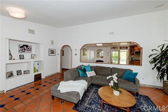 1723 Woodbine Place, Oceanside CA: http://media.crmls.org/medias/f190230f-ddbd-432d-9dd7-78a201897643.jpg