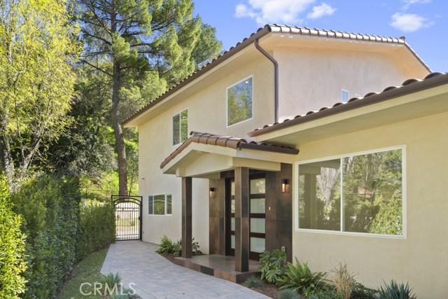 14811 Jadestone Drive, Sherman Oaks CA: http://media.crmls.org/medias/f19b23c9-aeef-454f-b2b8-3eaa741c172d.jpg