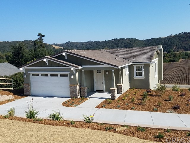 127 Ralph Beck Lane, Arroyo Grande, CA 93420