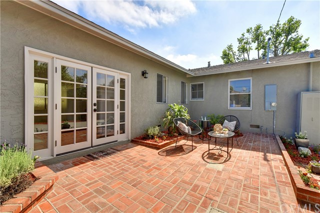 3163 Chatwin Avenue, Long Beach CA: http://media.crmls.org/medias/f1bf7c00-d364-4067-815a-dbb086b12a5d.jpg