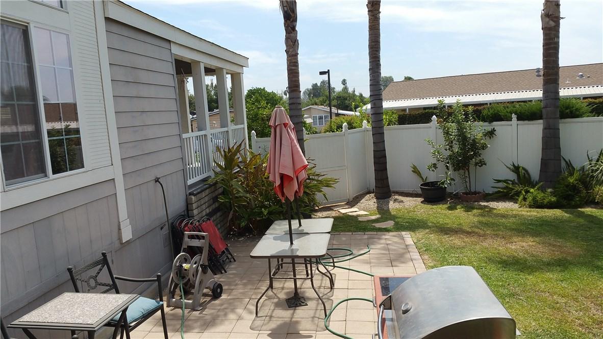 1245 W Cienega Avenue, San Dimas CA: http://media.crmls.org/medias/f1c16e1a-5a8d-4ff6-8e1d-e14ed458752c.jpg