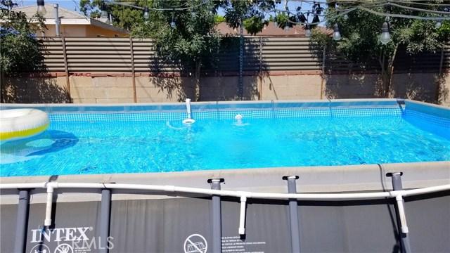 8549 Smallwood Avenue, Downey CA: http://media.crmls.org/medias/f1c33e06-d730-437c-a42b-d520d3997e18.jpg