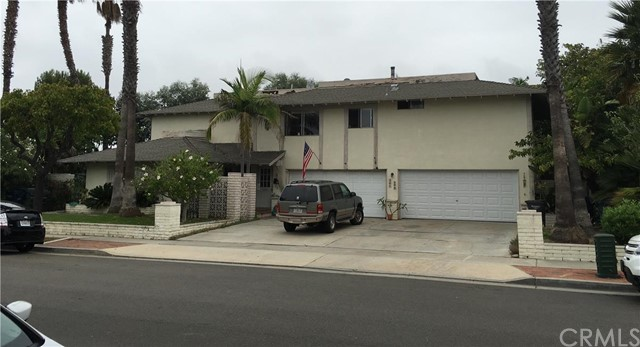 301 Portland Circle Huntington Beach, CA 92648 is listed for sale as MLS Listing OC15250669