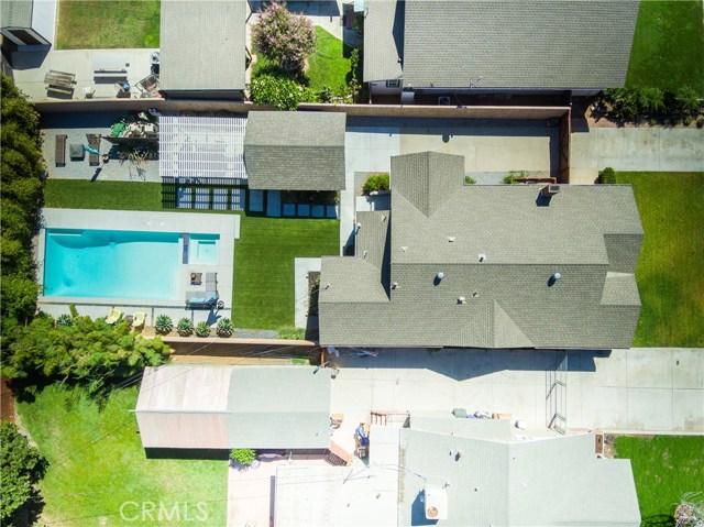 4437 10th Street, Riverside CA: http://media.crmls.org/medias/f1c9e506-e6c4-4c10-990e-00d4573c3bd9.jpg
