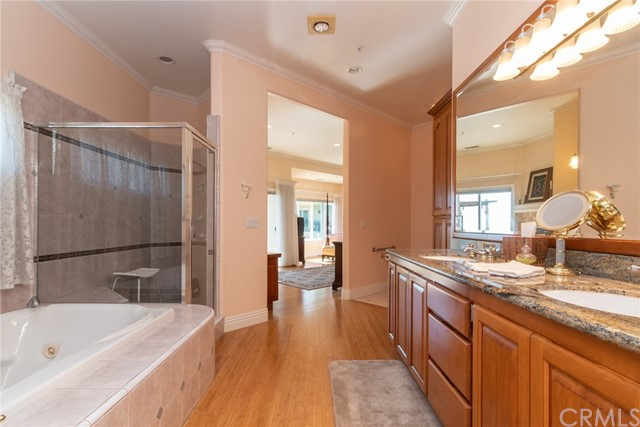 3335 Red Mountain Heights Drive, Fallbrook CA: http://media.crmls.org/medias/f1d241cb-b89d-4612-a7e7-e10a1a7743e3.jpg