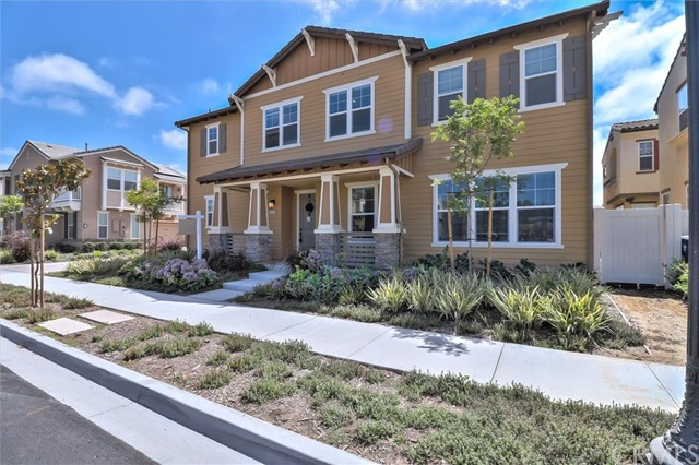246 Carrizo Creek Road, Camarillo CA: http://media.crmls.org/medias/f1d326a8-cc42-4513-b09e-d280f77f0e92.jpg