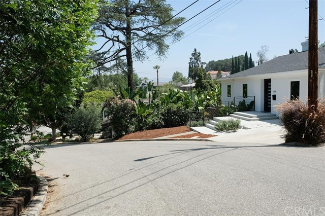 890 Oneonta Drive Mount Washington, CA 90065 - MLS #: SB18144032