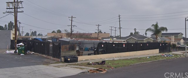 11331 Southwest Blvd, Los Angeles, CA 90044 Photo 3