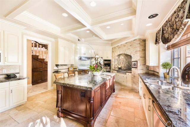 Single Family Home for Sale at 25502 Rodeo St Laguna Hills, California 92653 United States