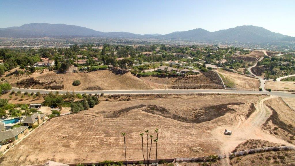 0 LOT C Santiago Road, Temecula CA: http://media.crmls.org/medias/f2066233-578a-4ddf-aa5d-c6754184bd77.jpg