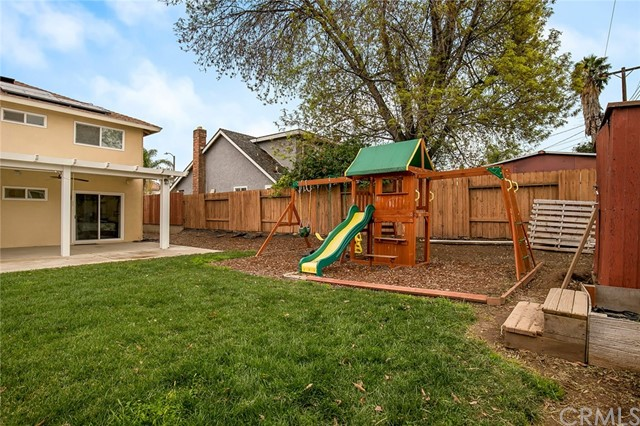1662 S Belle Avenue, Corona CA: http://media.crmls.org/medias/f20b17c4-bcba-422d-817a-98646632cd26.jpg