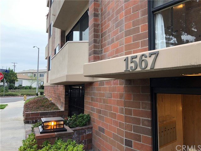 1567 Westholme Avenue 2B  Westwood - Century City CA 90024