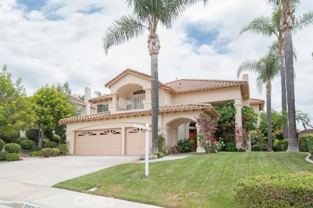 Single Family Home for Sale at 32972 Pinnacle St Rancho Santa Margarita, California 92679 United States