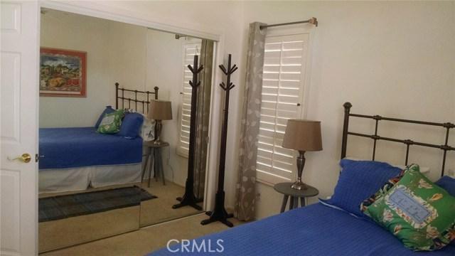78225 Silver Sage Drive, Palm Desert CA: http://media.crmls.org/medias/f2148a7e-6fa9-45ab-a193-835acfb5d6f8.jpg