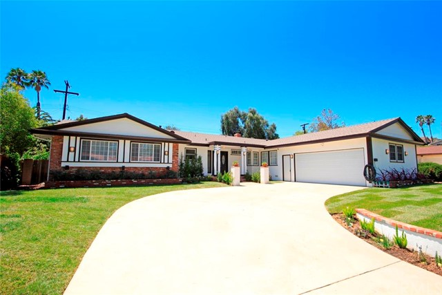 $799,000 - 5Br/3Ba -  for Sale in Canoga Park
