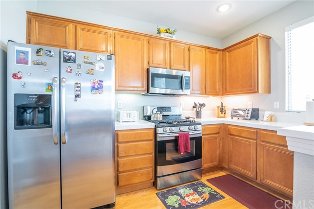 12695 Columbia Avenue, Yucaipa CA: http://media.crmls.org/medias/f231f2b2-c8a5-4fe3-9672-0c5c30a059bb.jpg