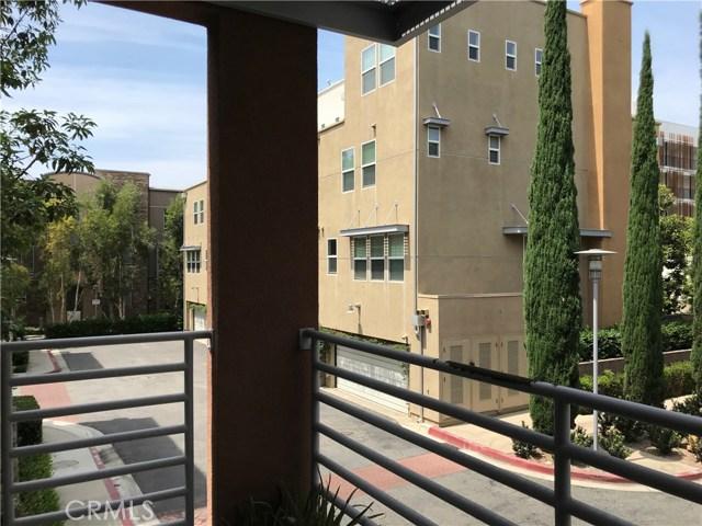 450 E Jeanette Lane, Santa Ana CA: http://media.crmls.org/medias/f249c2c8-a17f-4537-a1a6-a5ddd68a3a19.jpg