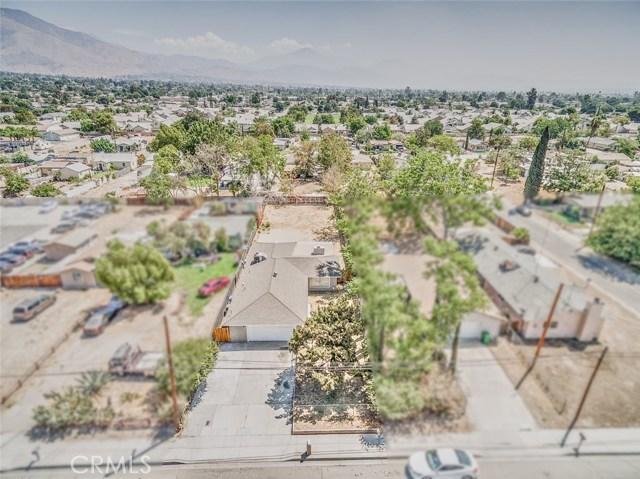 7389 Victoria Avenue, Highland CA: http://media.crmls.org/medias/f24a36a0-567f-46b8-9308-6ce94bf4918c.jpg