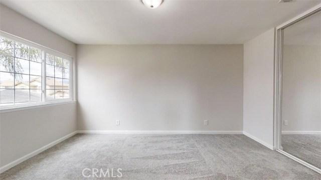 房产卖价 : $44.00万/¥303.00万