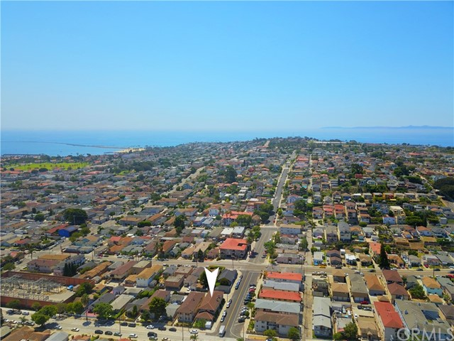 1804 S Cabrillo Avenue, San Pedro CA: http://media.crmls.org/medias/f26ddac7-601e-4a8f-b342-dbe9fc33d8a8.jpg