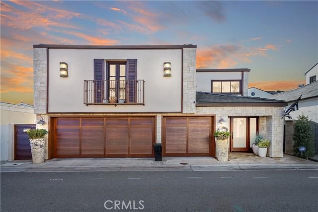 119 Via Mentone, Newport Beach, California 92663, 4 Bedrooms Bedrooms, ,4 BathroomsBathrooms,Residential Purchase,For Sale,Via Mentone,NP21078751