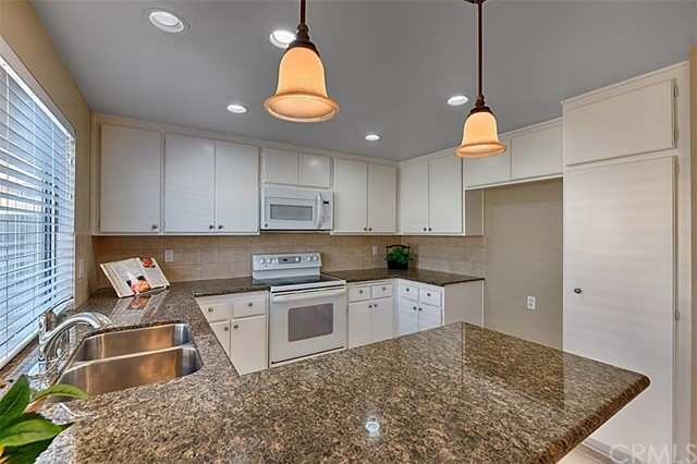One of Yorba Linda 3 Bedroom Homes for Sale at 21160  Via Canon