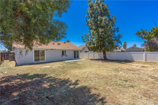 25802 Harriet Avenue, Moreno Valley, California 92551, 2 Bedrooms Bedrooms, ,2 BathroomsBathrooms,Residential,For Sale,Harriet,CV21094049