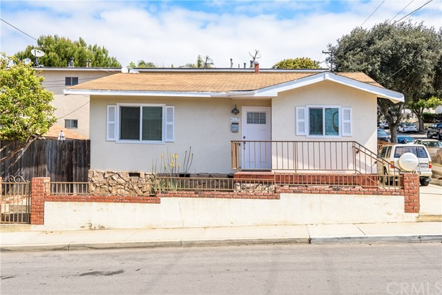 427 E Franklin Ave, El Segundo, CA 90245 photo 1