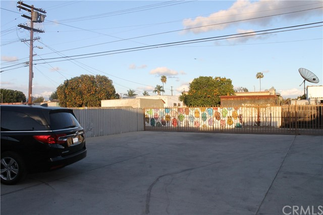 9120 S Western Av, Los Angeles, CA 90047 Photo 16