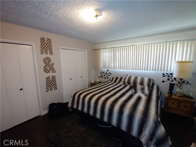 386 Deborah Court, Upland CA: http://media.crmls.org/medias/f29834fa-7034-41c3-b24d-ae9182f12c5d.jpg