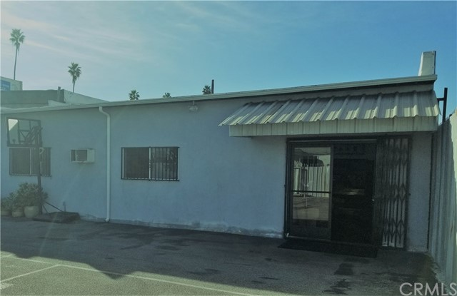 4557 W Washington Bl, Los Angeles, CA 90016 Photo 2