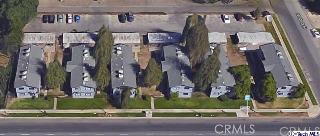 624 E Houston Avenue, Visalia CA: http://media.crmls.org/medias/f29e4738-75fc-4765-93a4-05c485de6a0b.jpg