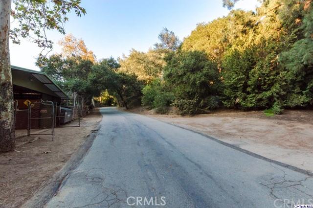 4228 Chula Senda Lane, La Canada Flintridge CA: http://media.crmls.org/medias/f2ae2130-e69a-4df0-a21d-bec1a2ddb833.jpg